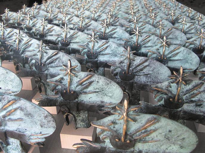 Bronzes by Angeles Nieto Trollkohnskoppel Kiesby Germany